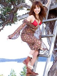 Yumi Sugimoto Asian is so cute and sexy posing in her tree house
