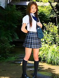 Cutie Japanese School Girl Marimi Natsuzaki posing outdoors