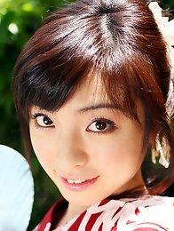 Cute japanese lady Saya Yukimi posing in kimono