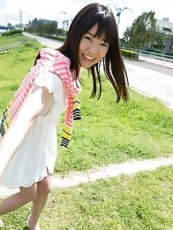Sexy and sweet Japanese av idol Tsubomi goes outdoor to show off her sexy nude body