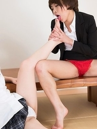 Miori Mai and Kasugano Yui suck on each other's sexy toes in a taboo gallery