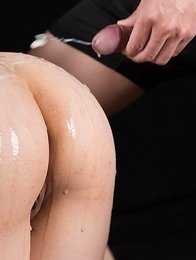 Yuka Shirayuki is a schoolgirl that loves it when men cum on her bubble butt