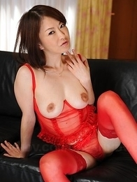 Sexy Asian Machimura Sayoko shows big boobies