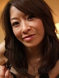 Machimura Sayoko sucks fake dildo and fucks