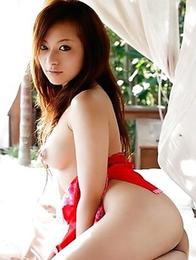 Asian Koisaya gets into a stunning nude photoshoot