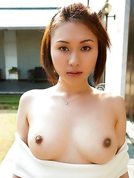 Asian Yuzuka Kinoshita want to show you her impressive shapes