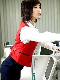 Nao Nagasawa shows big boobs and nice smile at the pool